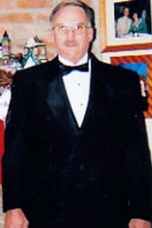 Ellis Apopka