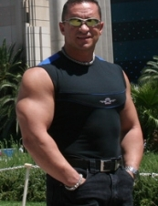 Gokhan from USA 57 y.o.