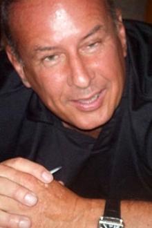 David L Hesperia