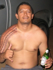 leon from French Polynesia 36 y.o.