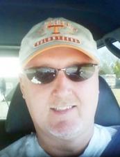 Ricky from USA 55 y.o.